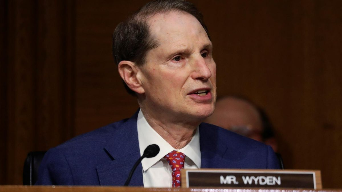 Congress seeks answers on Juniper Networks breach amid encryption fight